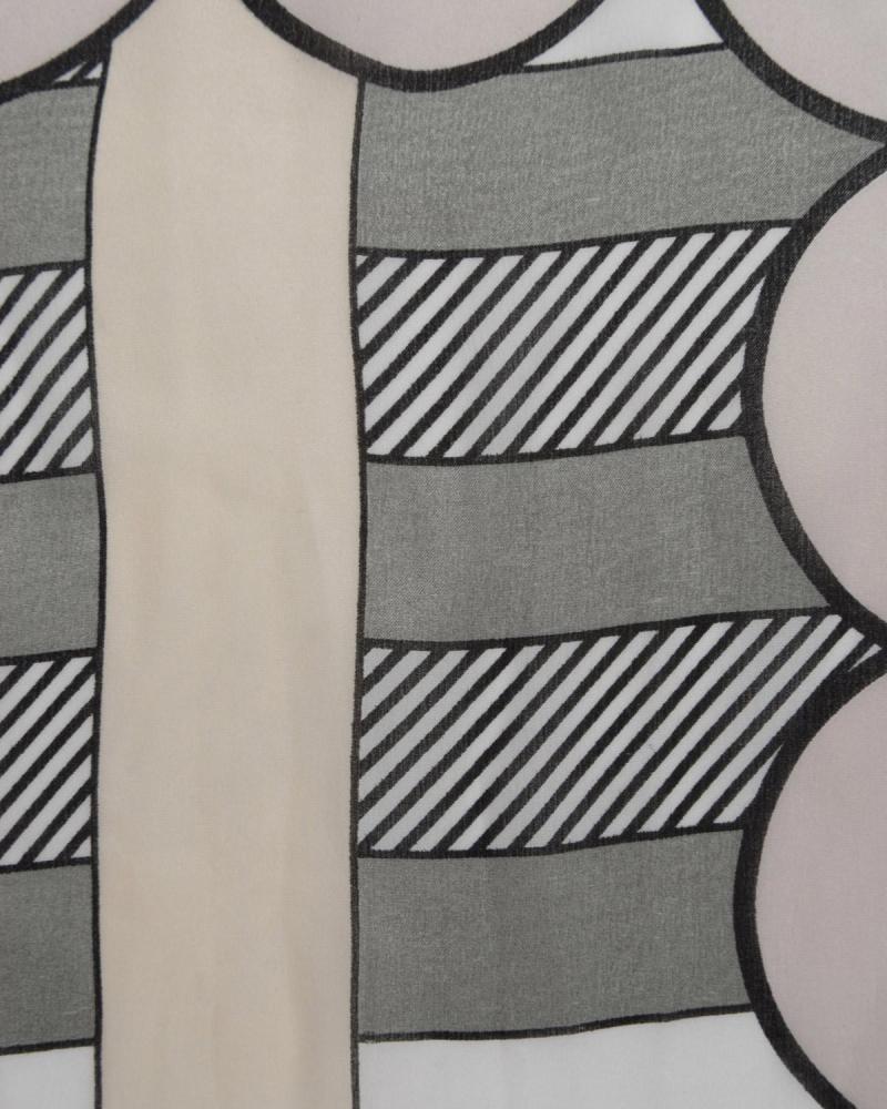 Grey foulard