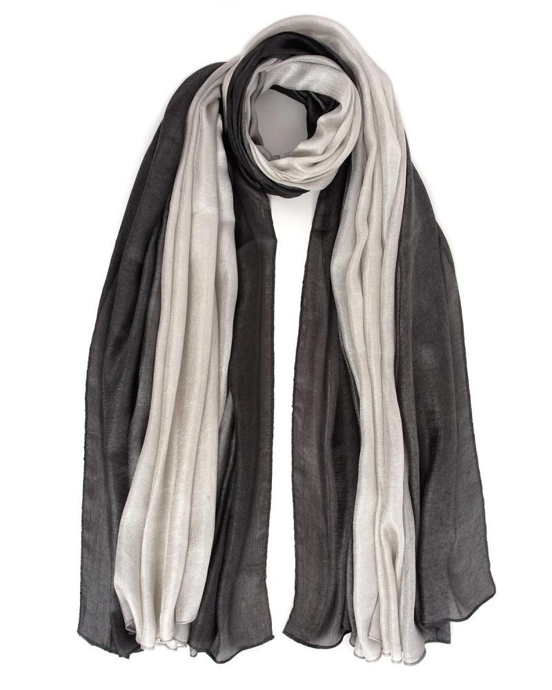 Silver foulard