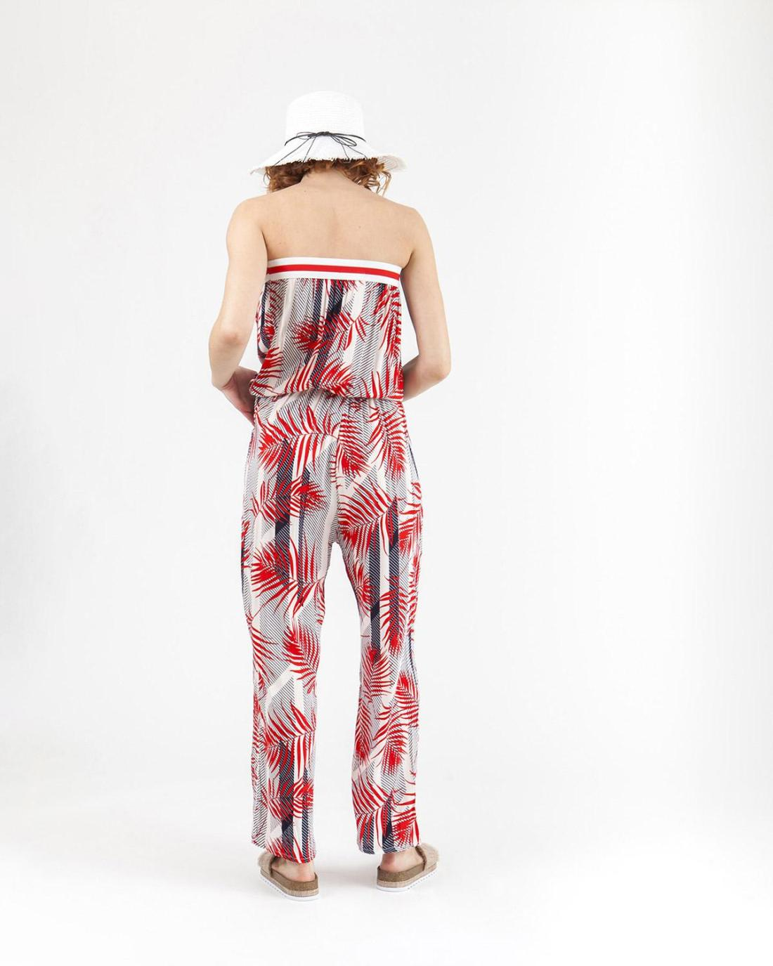 Roter Jumpsuit
