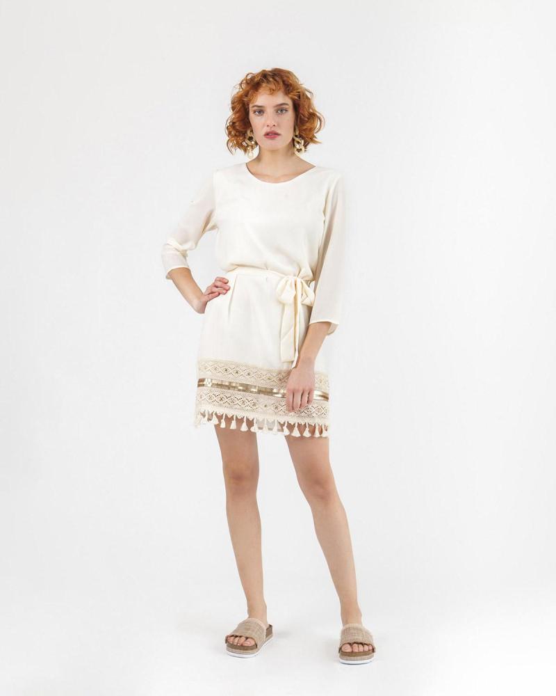 Φόρεμα εκρού