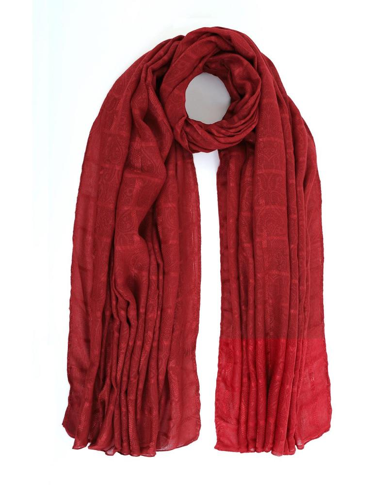 Red foulard-stole