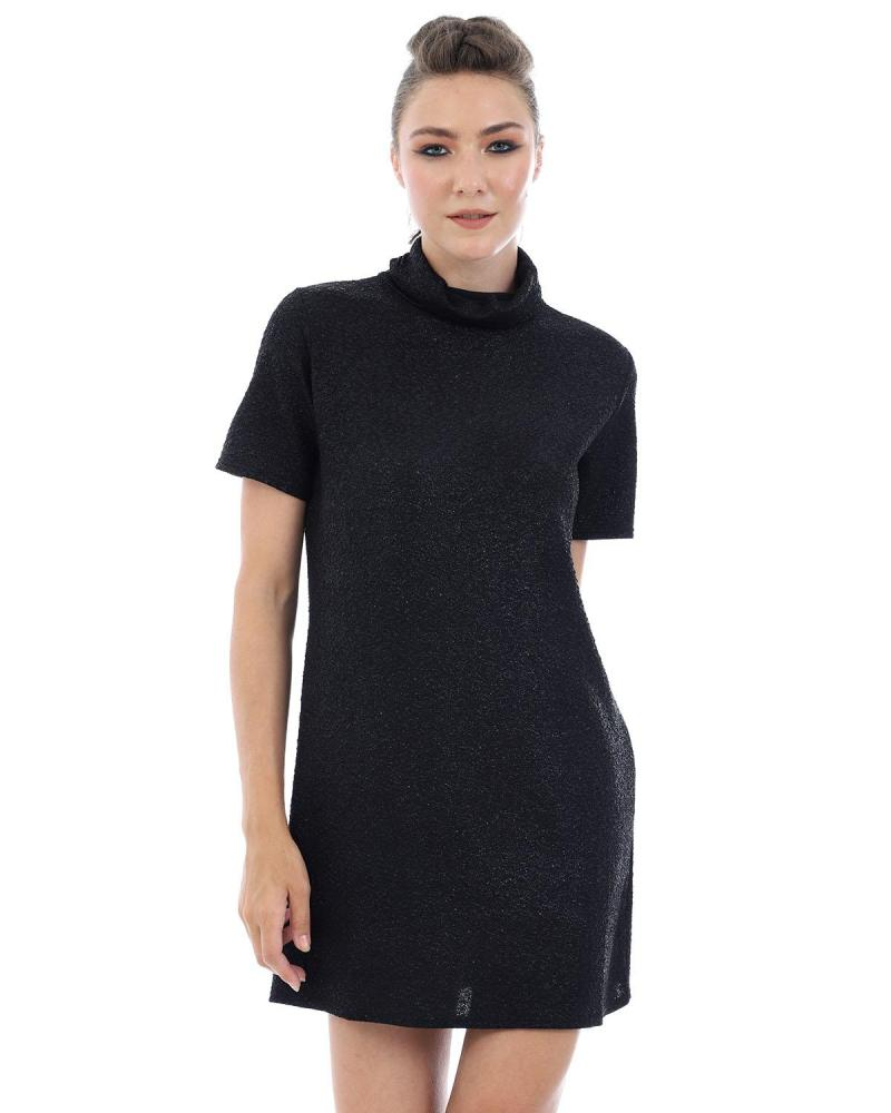 Schwarzes Kleid