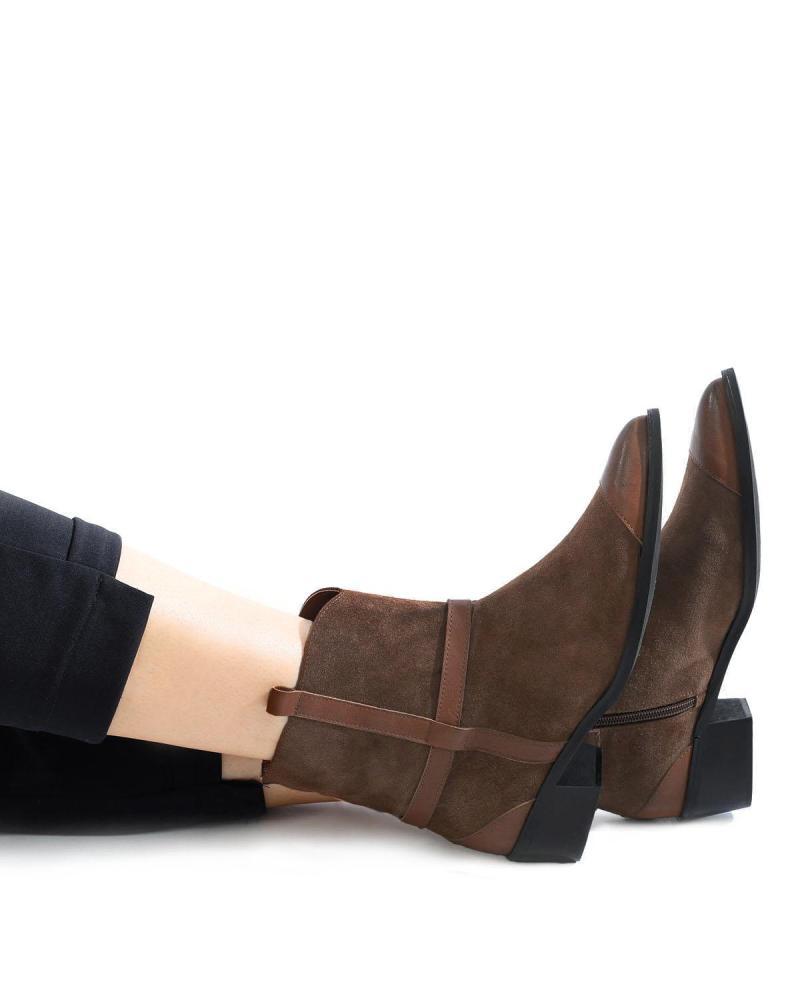 Δερμάτινες μπότες καφέ
