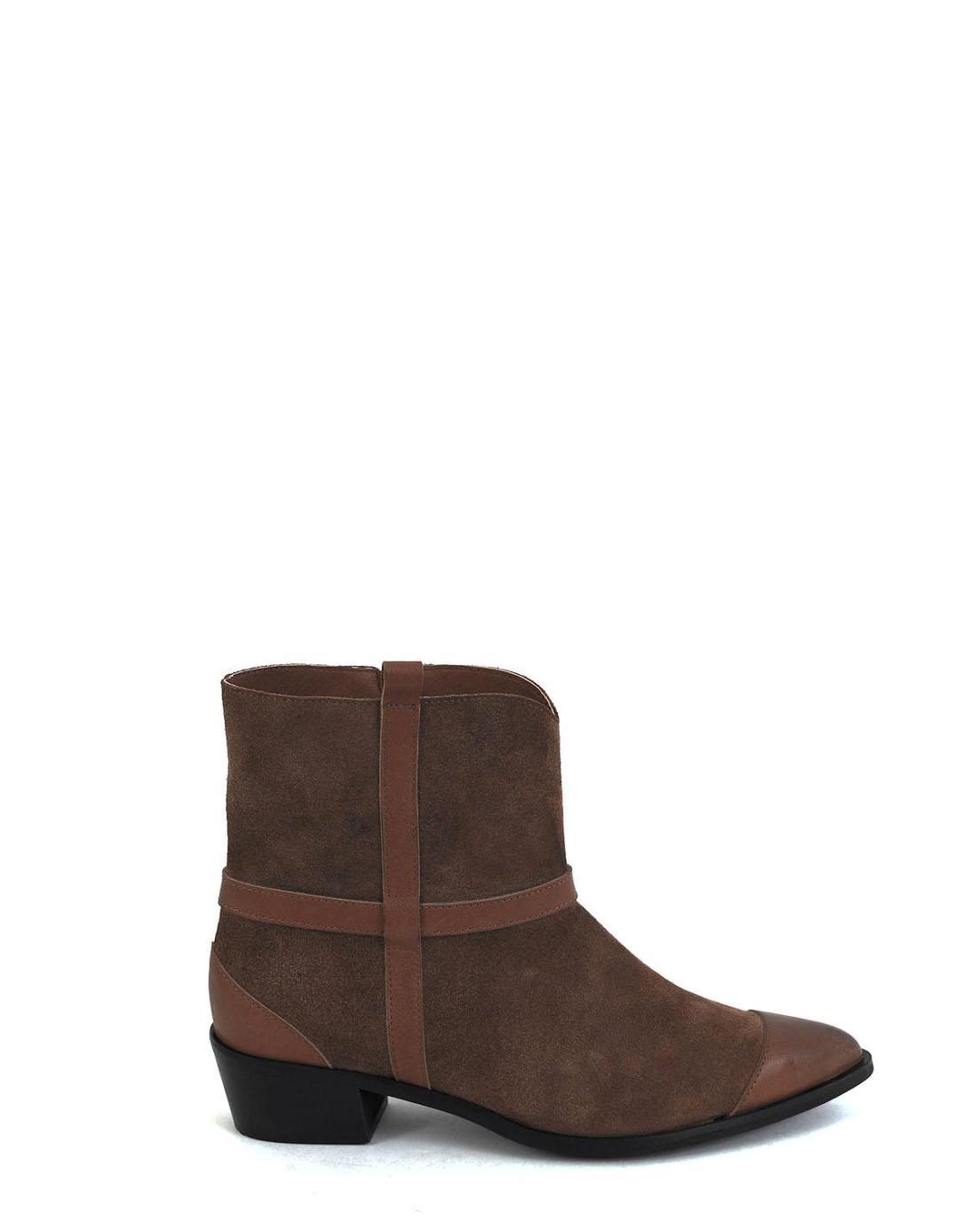 Braune Leder Schuhe