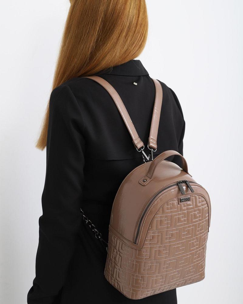 Schwarze rucksack