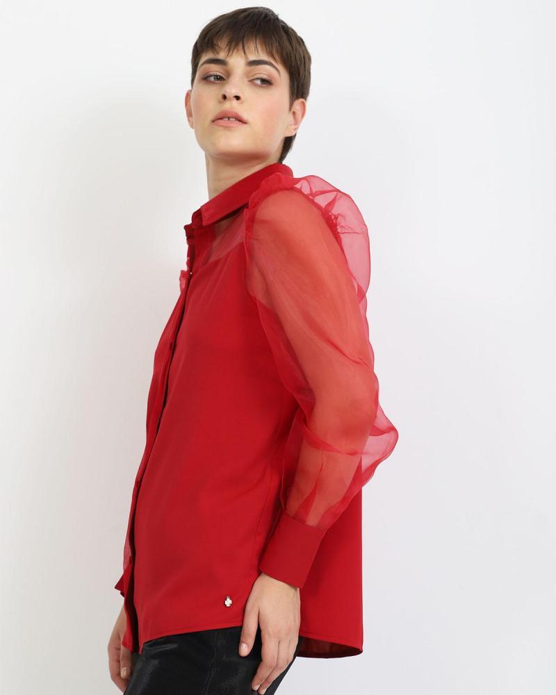 Rot hemd