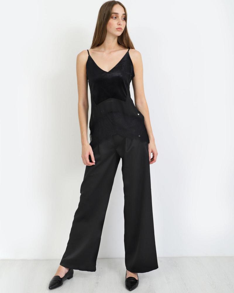 Schwarz lingerie