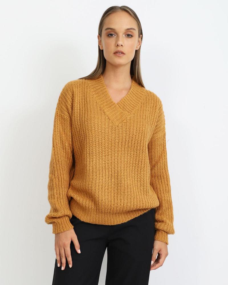 Gelb pullover