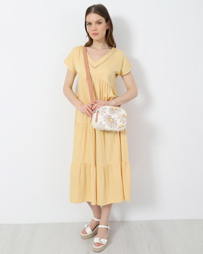 Gelb kleid