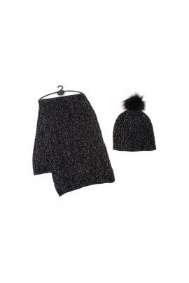Black scarf/beanie set
